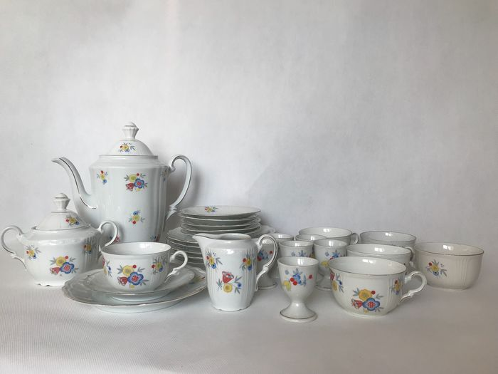 Bavaria - Cups and saucers, Plates (27) - Porcelain