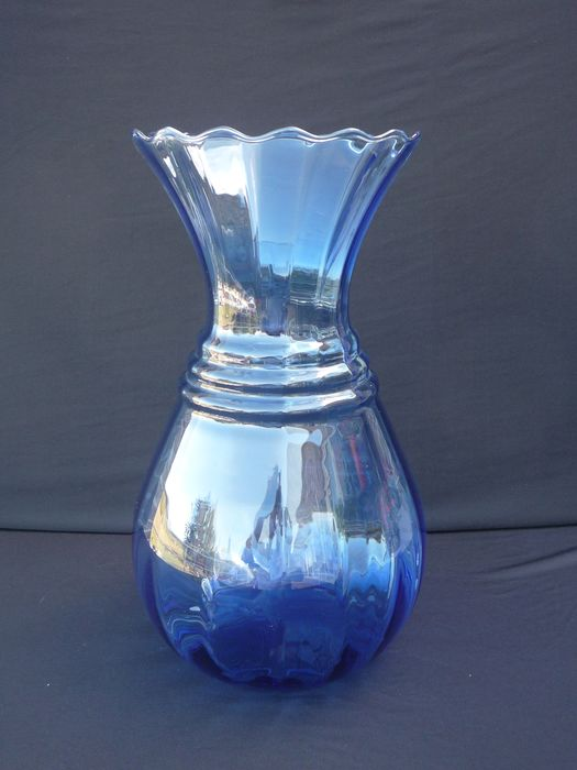 Doyen - Large Art Deco optically blown blue vase - Glass