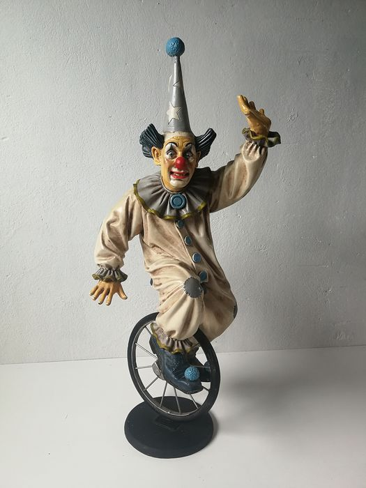 Large clown on unicycle - Jun Asilo collection - (60 cm H) - synthetic resin / poly resin