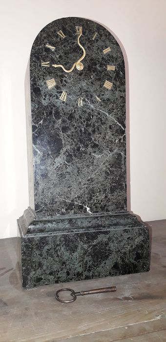Grandfather clock - Green marble from the Alps - Early 19th century