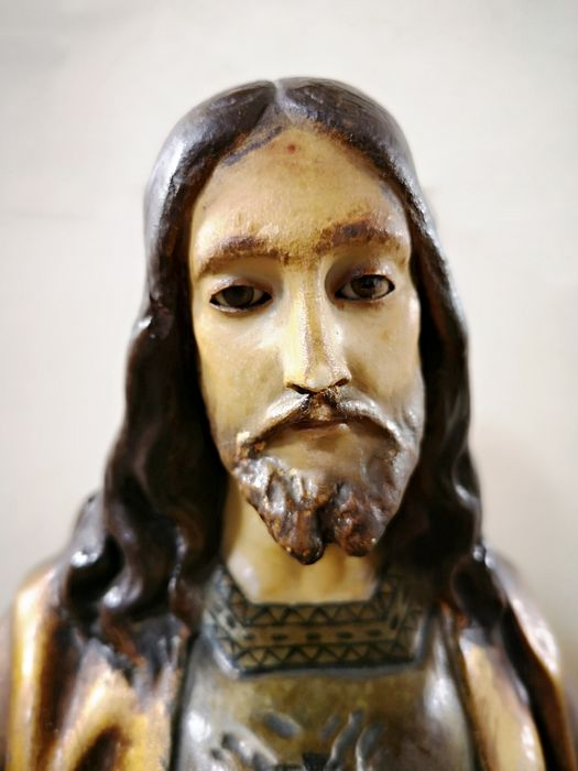 Olot - Sculpture, Sacred Heart of Jesus, polychrome and gold - 65 cm high - Polychrome stucco with wooden base - Late 19th century
