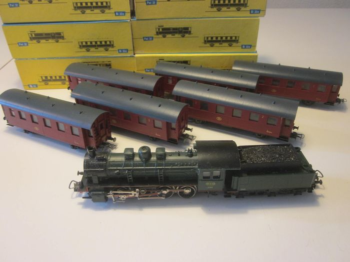 Piko H0 - 5/6315 / 6517/041 - Train unit - Steam locomotive BR55 with 6 carriages - NMBS