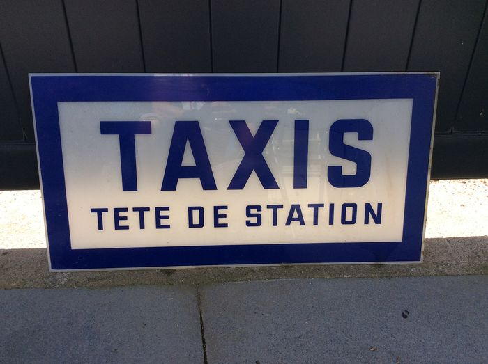 Very rare 1950 taxi plate (1) - Plastic