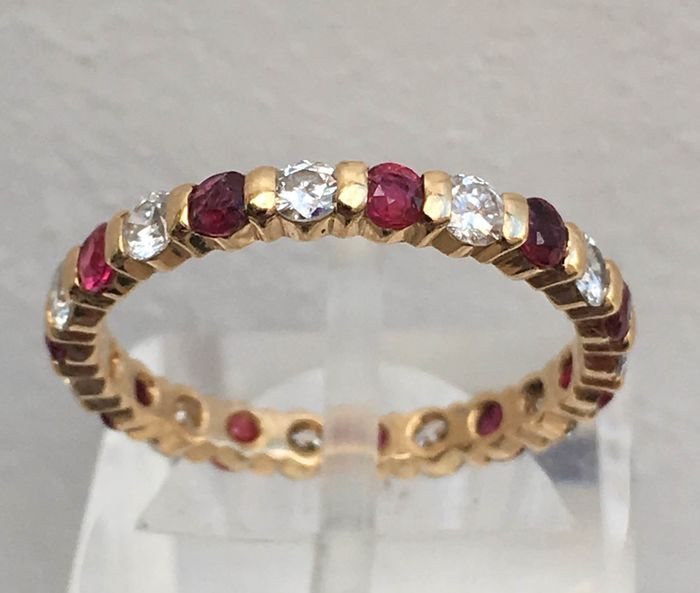 18 kt. Pink gold - Ring, alliance Diamonds, rubies