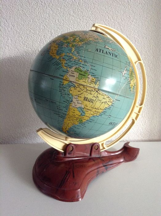 M.S. - Vintage Globe / Globe with flight paths. (1) - Metal, can