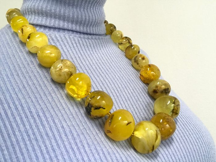 Vintage Baltic Amber - Round Beads Necklace - Natural (untreated)