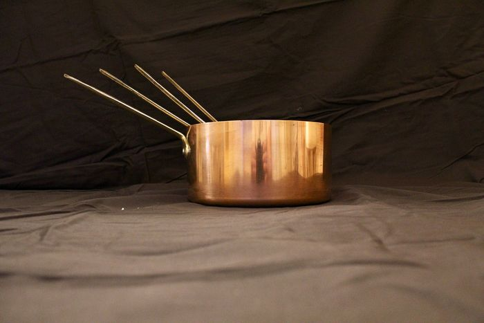 Set of 4 French pans with riveted brass stems - Copper