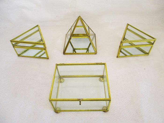 Gorgeous boxes with geometrical design (4) - Brass, Glass