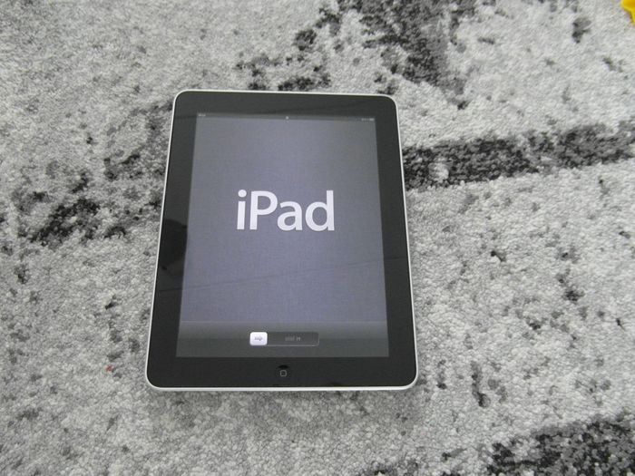 Apple - iPad - Without original box