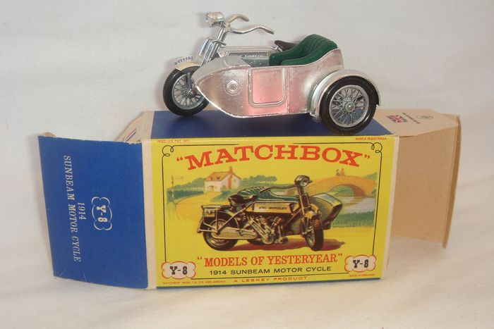 """Matchbox Yesteryear Series - 1:76 - Mint Model 1914 Sunbeam Motorcycle and Milford Sidecar no.Y8-2 - In """"Silver"""" and """"Emerald Green - 1962"""