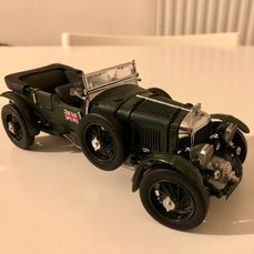 Franklin Mint - 1:24 - Bentley Blower de 1929 - Precisiemodel gemaakt van hoogwaardige materialen