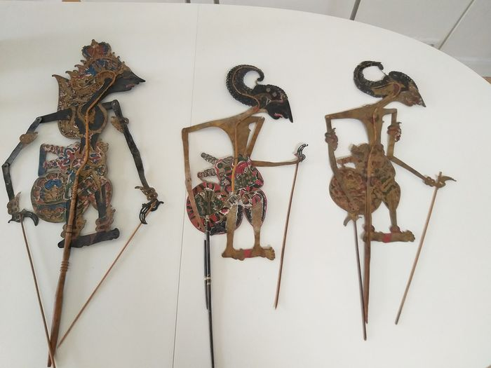 Wayang kulit (3) - Leather - Java, Indonesia