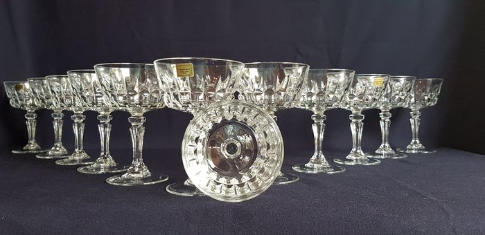 luminarc - Vintage luminarc set van 12 Coupes (12) - Kristal