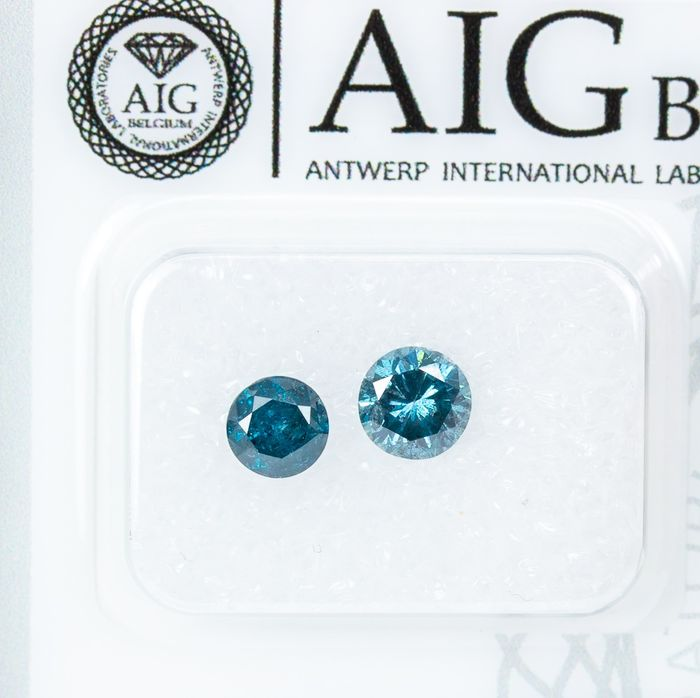 2 pcs Diamanten - 1.04 ct - Lust auf INTENSE Blue - I2  *NO RESERVE*