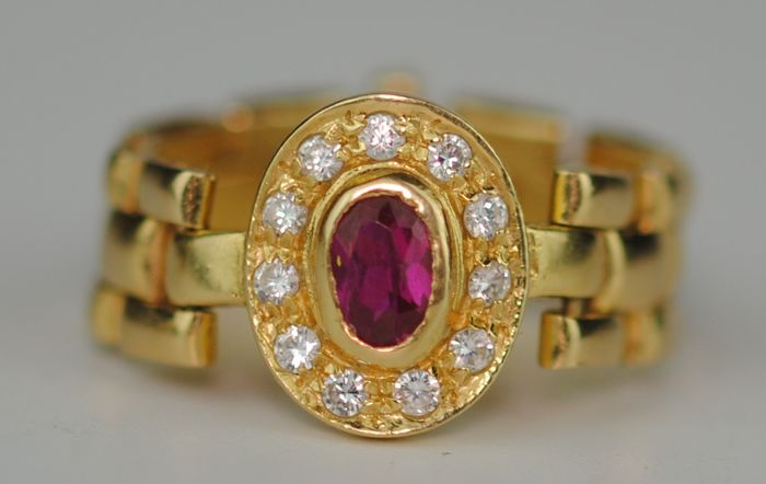 Natural Faceted Ruby (0.40ct) - 18 kt. Yellow gold - Ring