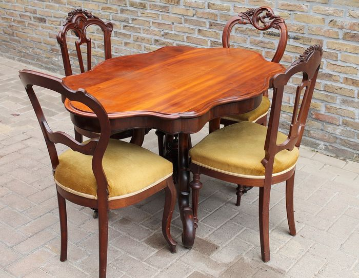 Dining room set with 4 chairs - Biedermeier - Mahogany, dust - 19th century