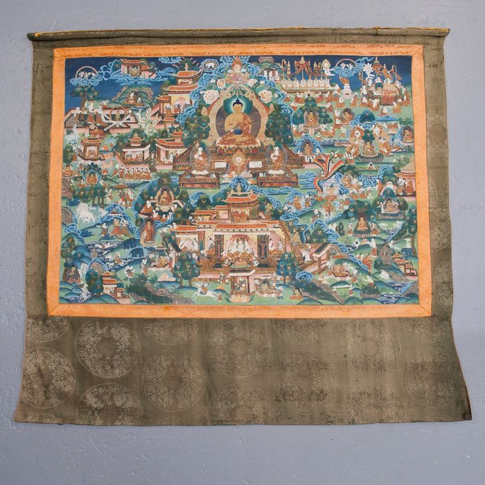 Thangka (1) - Textile - Landscape with Buddha, temples and holy figures - Nepal - Second half 20th century