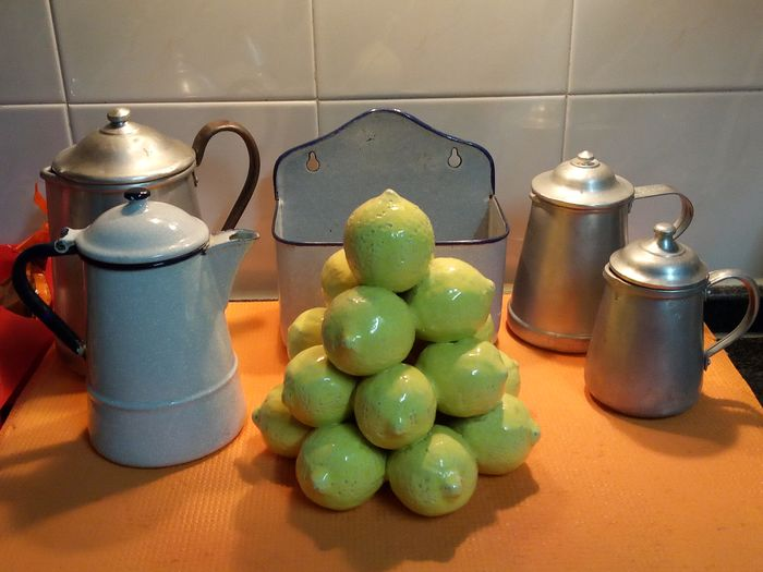 Lemon set, box holder for mops and coffee makers (6) - earthenware, enamelled plate and aluminum
