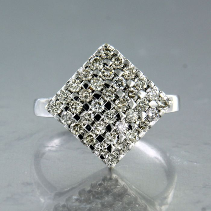 18 quilates Oro blanco - Anillo - 0.90 ct Diamante