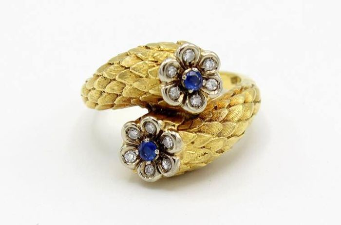 18 kt. Yellow gold - Ring, with flowers Sapphire - Diamond