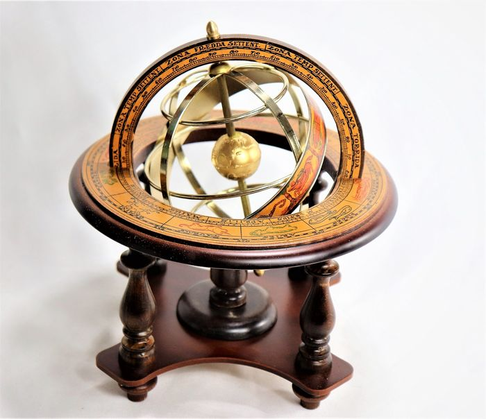 Antique Mercator - Globe with Armillary Sphere Wooden Chair - Italy (1) - Wood