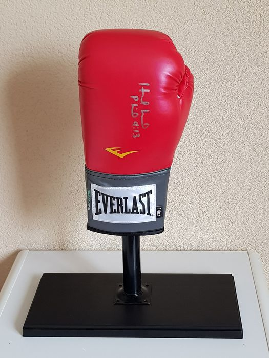 Boxing - Evander Holyfield - hand signed Everlast boxing glove