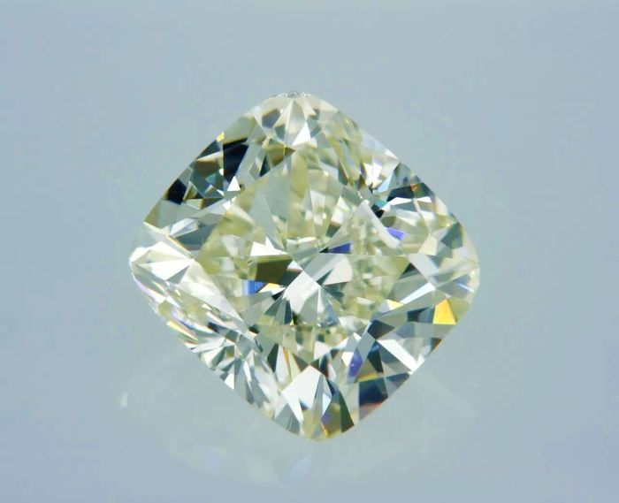 1 pcs Diamant - 1.50 ct - Cushion - light yellow - VVS2