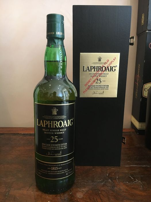 Laphroaig 25 years old Cask Strength - Original bottling - b. 2014 - 700ml