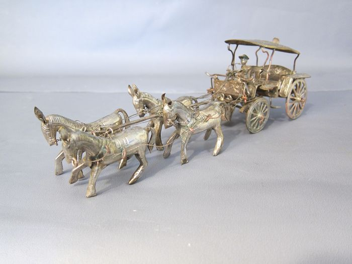 Silvered miniature carriage with four horse horses (1) - koper verzilverd - Java, Indonesia