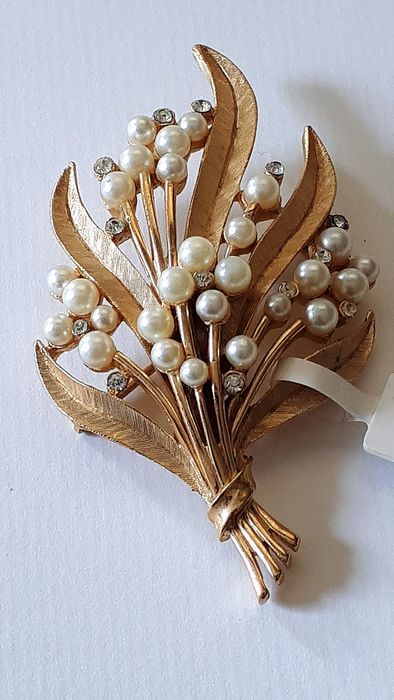 Trifari Gold alloy, artificial pearls - Brooch, Brooch in the form of branches
