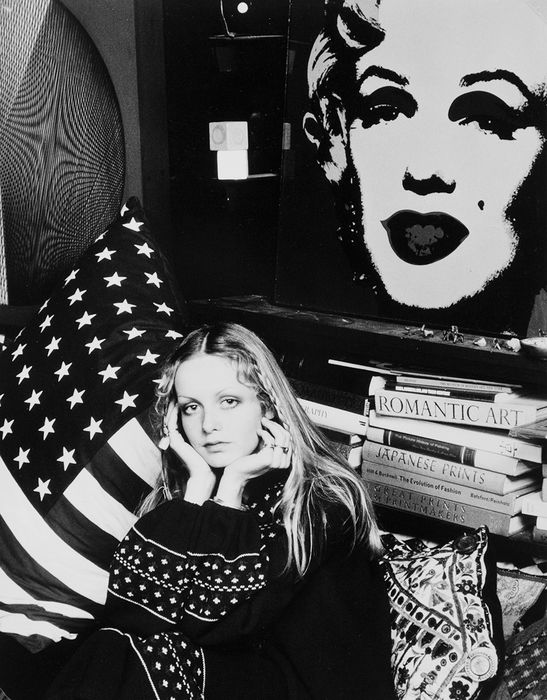 David Steen (1936-2015) - Twiggy Lawson in her home