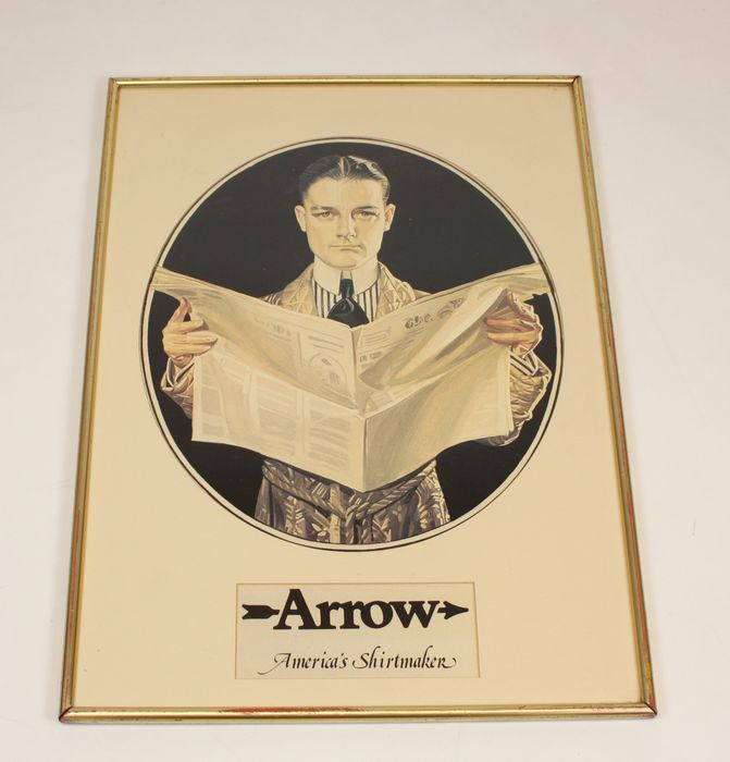 Arrow - America's Shirtmaker - - Cardboard, Plastic, Wood