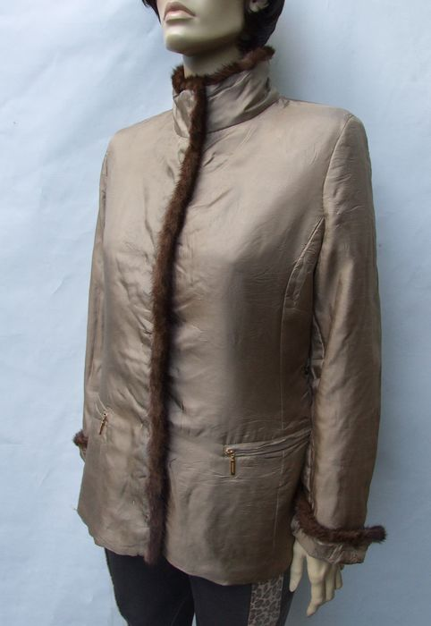 Burberry - Silk & real Fur Jacket - Size: M