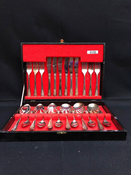 Cutlery set - Silverplate
