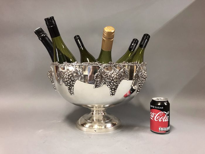 Silver Plated Champagne/ Wine bowl decorated with grapes - fits 6 bottles