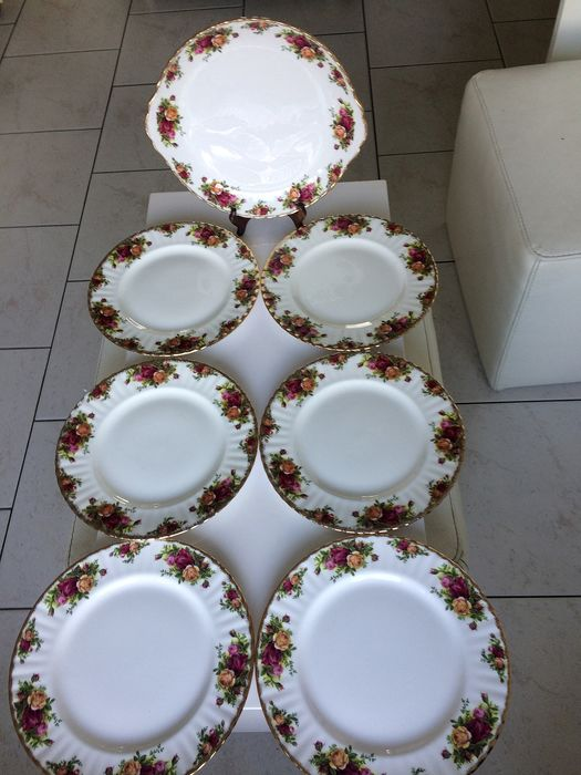 Royal Albert - A dinner service Old Country rose. (7) - Porcelain
