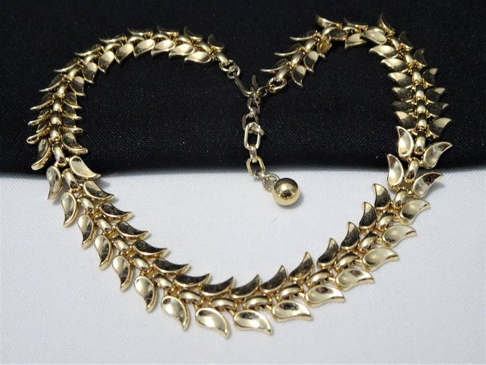 Trifari - Early 1950s - Gold-plated - Choker Necklace