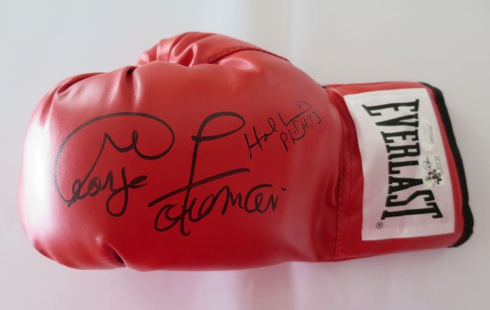 Boxing - George Foreman  + Evander Holyfield - Boxing glove