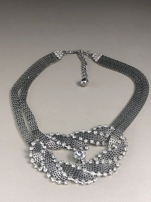 Silver plated  - Coro mesh design necklace large crystal gem set