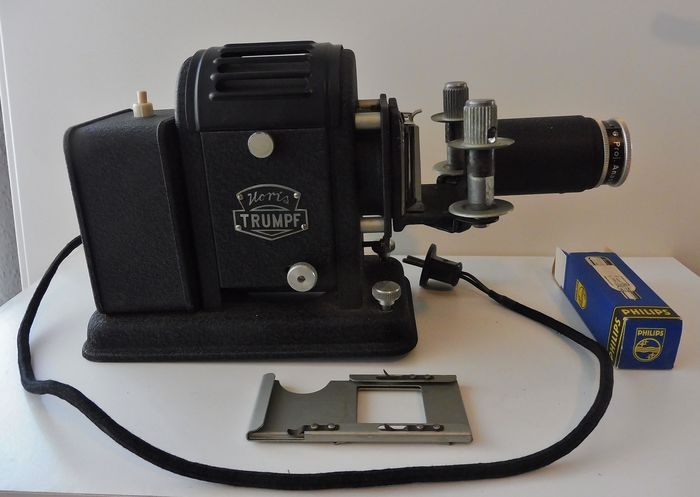 Noris Trumpf - Triumpf - Vintage Trumpf Projector with original box - Glass, Iron (cast/wrought)