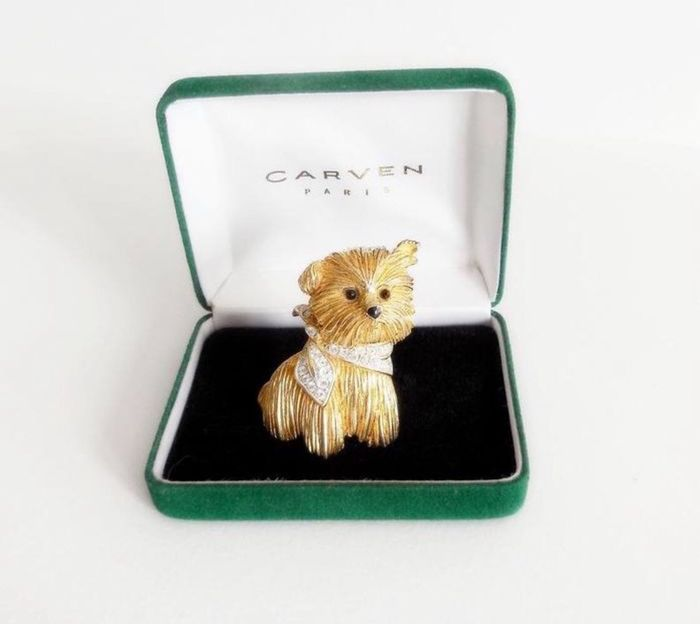 24kt triple gold plated  - Very Rare Carven seated terrier brooch