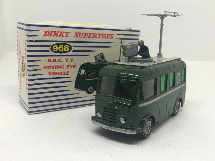 Dinky Toys - 1:43 - BBC TV Rowing eye vehicle N°968 - with antenna and cameraman