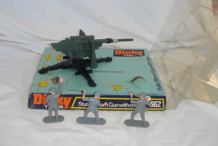 Dinky Toys 662 Static 88mm Gun with crew Perfect mint in box AMAZING