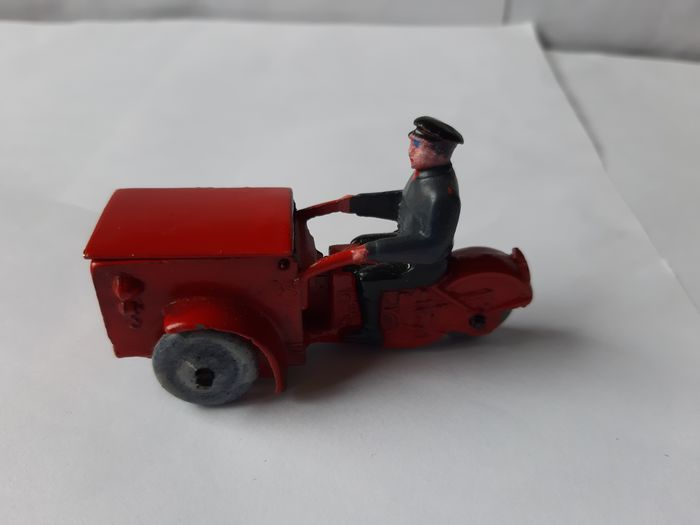"Dinky Toys - 1:48 - Dinky Toys ""Triporteur "" Nr.14a Pre War"