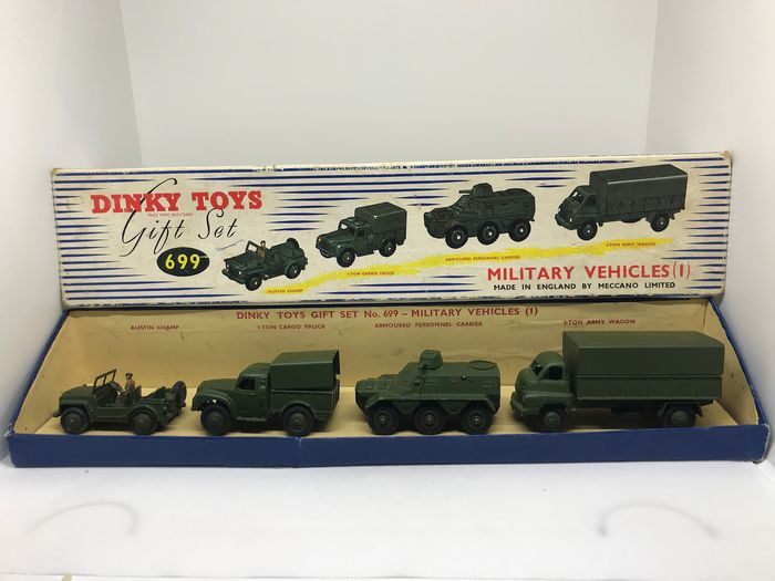 Dinky Toys - 1:43 - Military vehicles Gift Set N°699 - Very rare