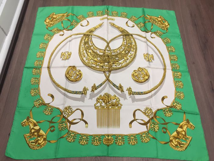 """Hermès - Hermes Paris """"""""Les cavaliers d'or"""", by Vladimir Rybaltchenko, first issued in 1975 Scarf"""