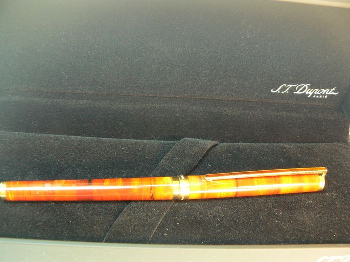 Dupont -  Laque de Chine  - Stylo à bille - Collection