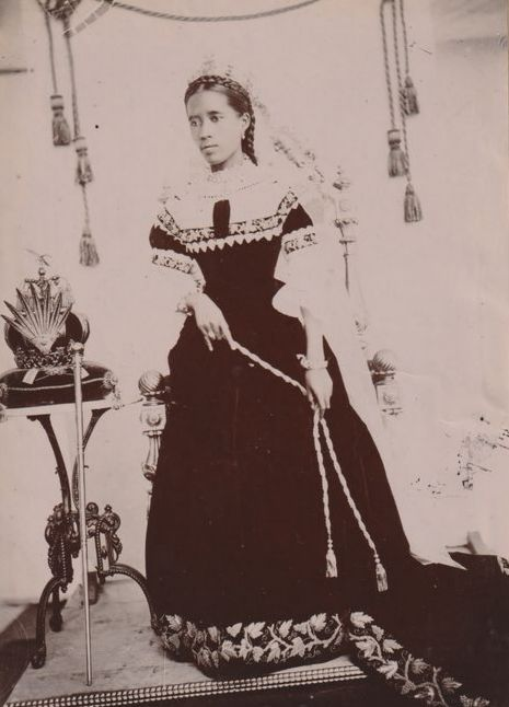 Unknown - Queen Ranavalona III of Madagascar, ca 1885