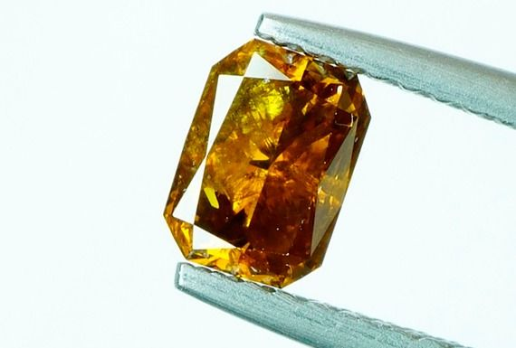 1 pcs Diamond - 0.73 ct - RADIANT Cut - fancy intens orangy brown - I1 - No Reserve
