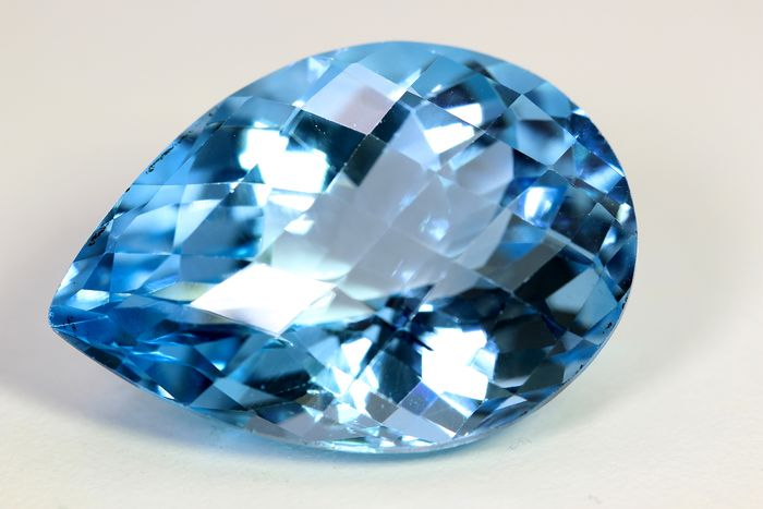 No Reserve Price - Topaz - 38.48 ct